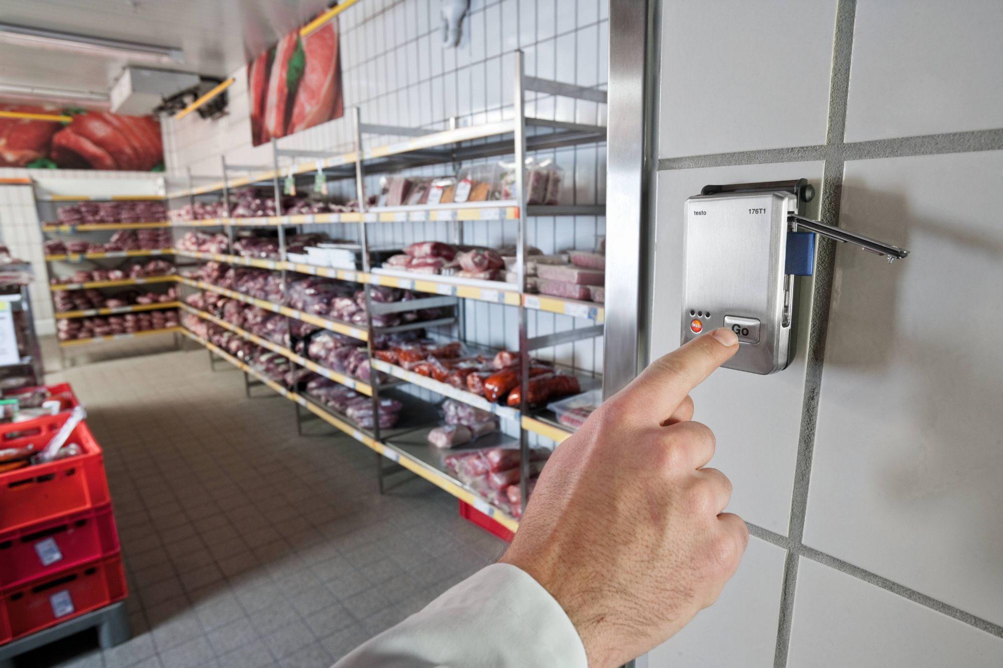 Measuring technology for food storage