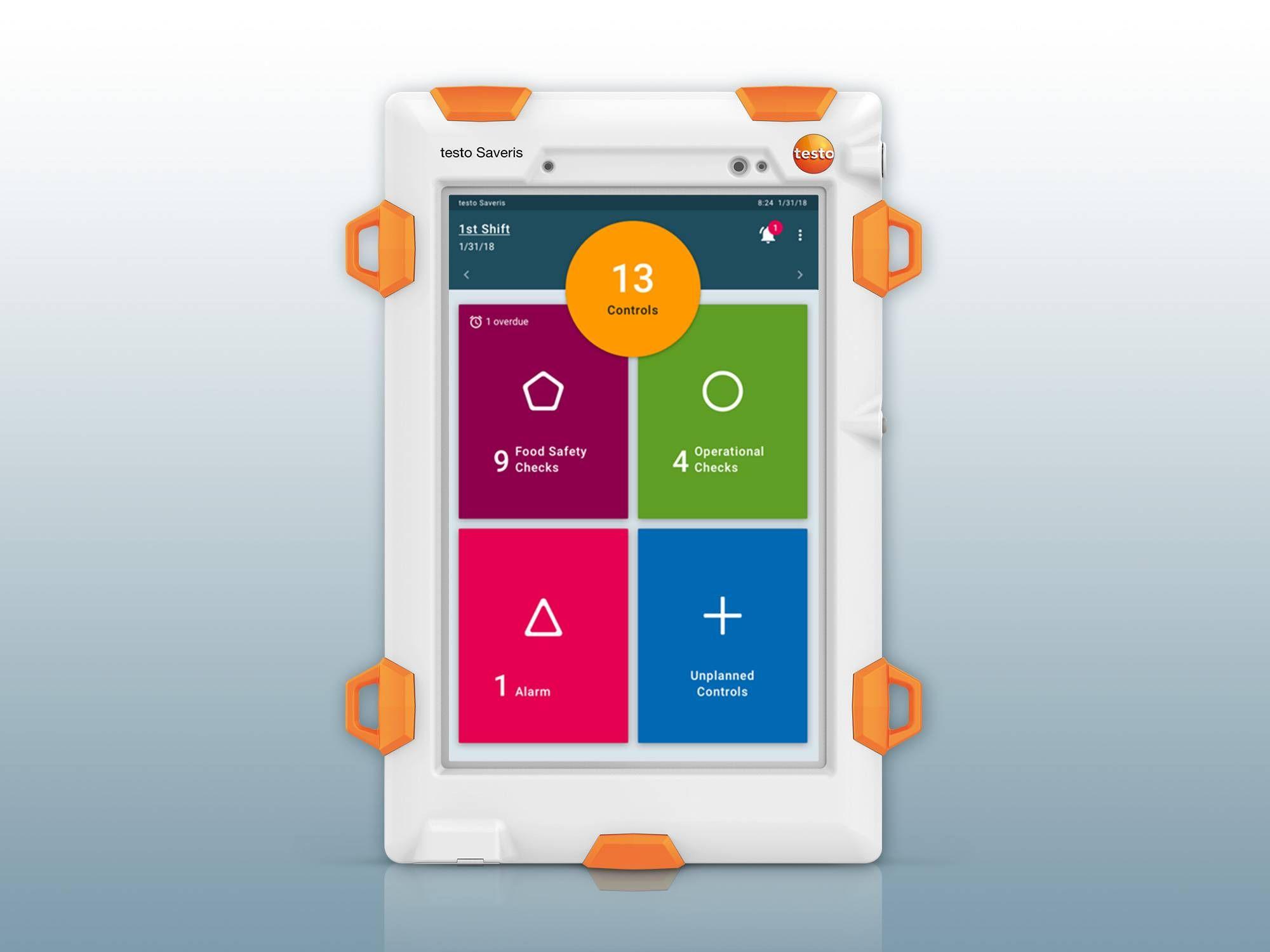 The testo Saveris Retail Chain Control Unit