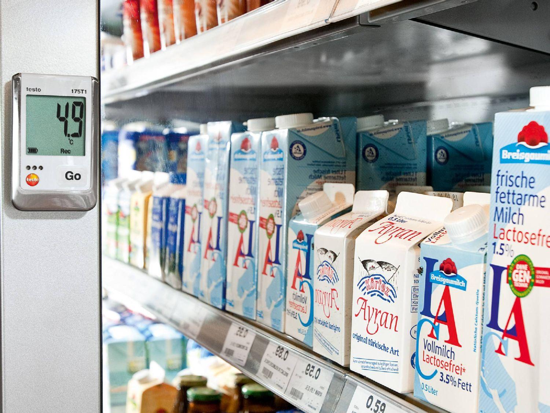Data logger fresh food counters
