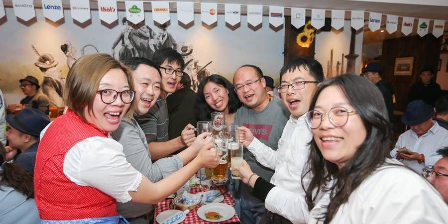 CN_20181012_DDM_dinner_05.jpg