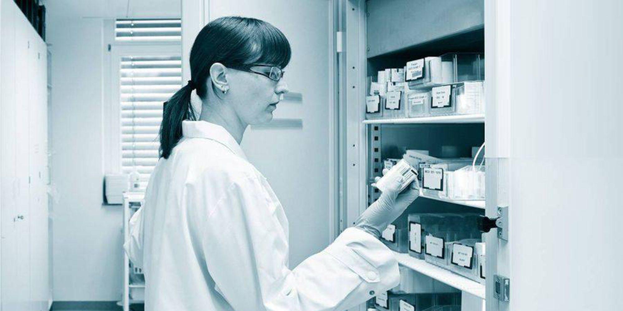 利用testo 变送器在高温高湿、干燥环境以及在过氧化氢灭菌环境中的优势,结合testo Saveris 强大的数据处理与整合能力,实现医药环境中从研发到生产,再到仓储整个环境的数据监测与管理。