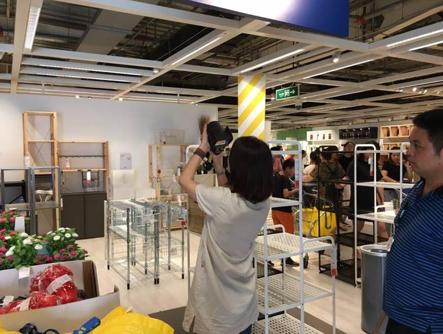 德图应客户要求携德图红外热像仪来到南京市某家居卖场