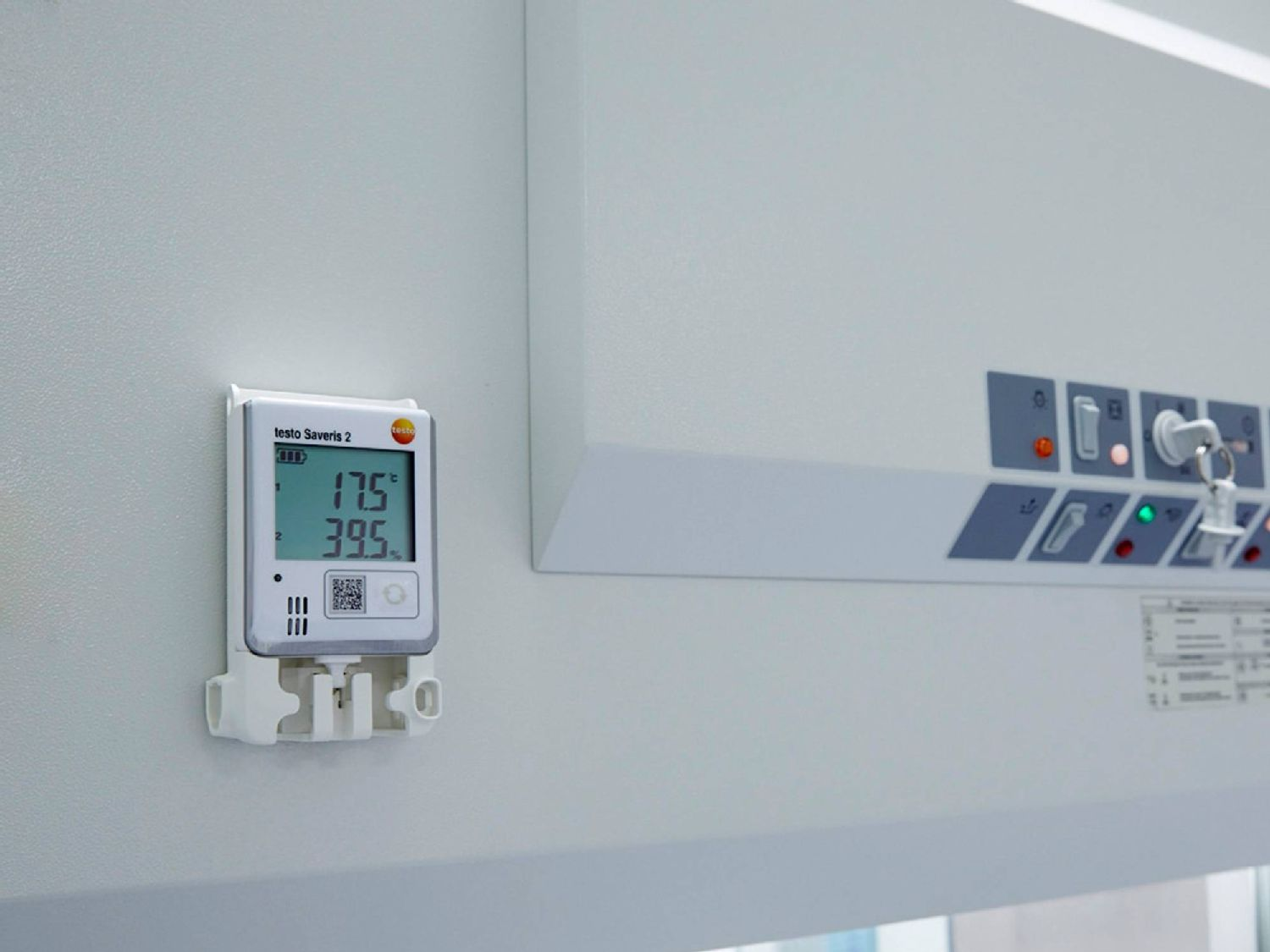 Monitoring indoor climate