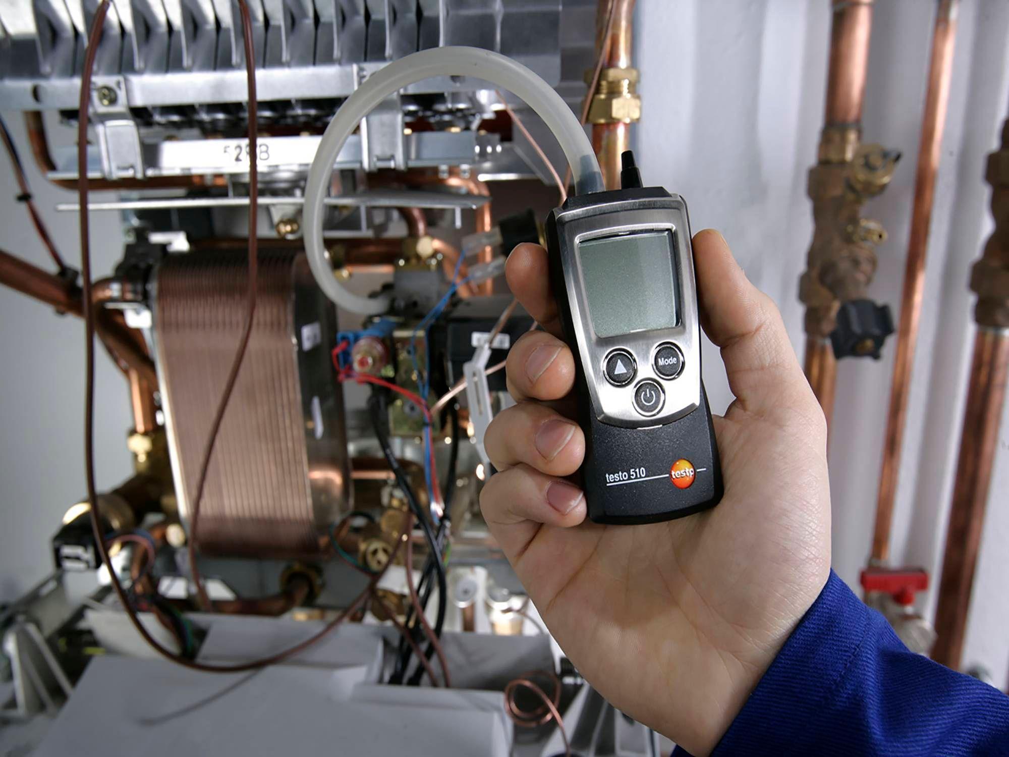testo-510-digital-manometer-uk.jpg