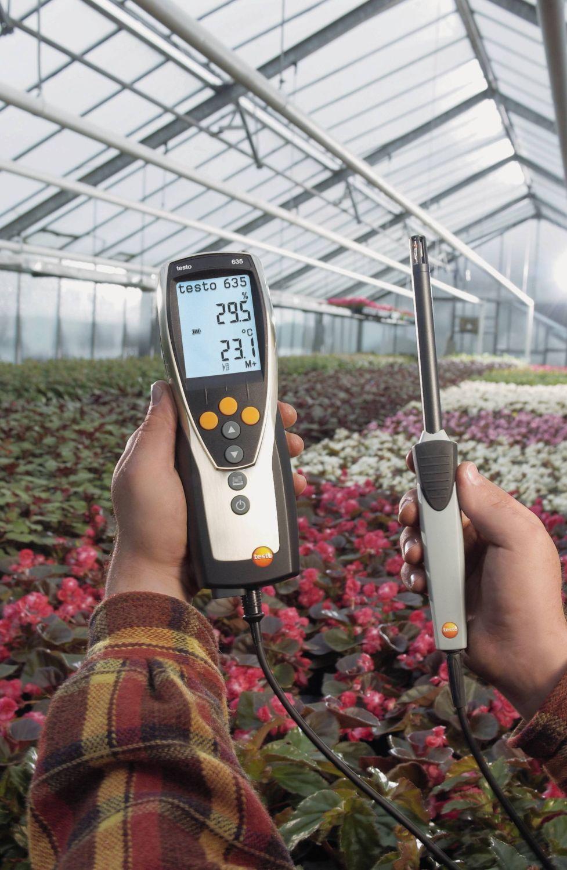 testo-635-thermohygrometer-greenhouse-flowers-8.jpg