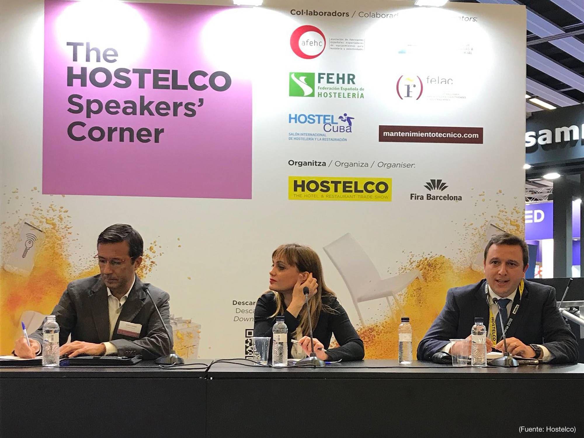 Eduardo Ordoñez, Key Account Manager Testo Solutions Food, a la derecha de la imagen
