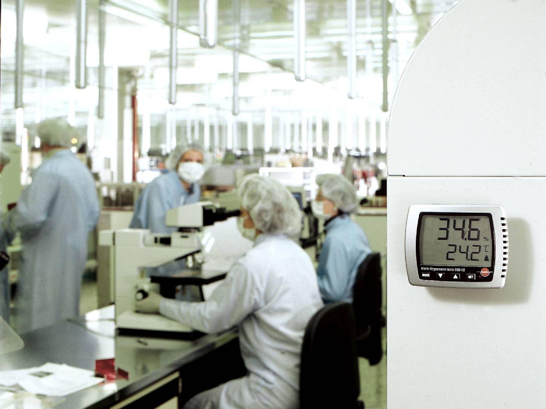 laboratory-image-air-temperature-humidity-2000x1500.jpg
