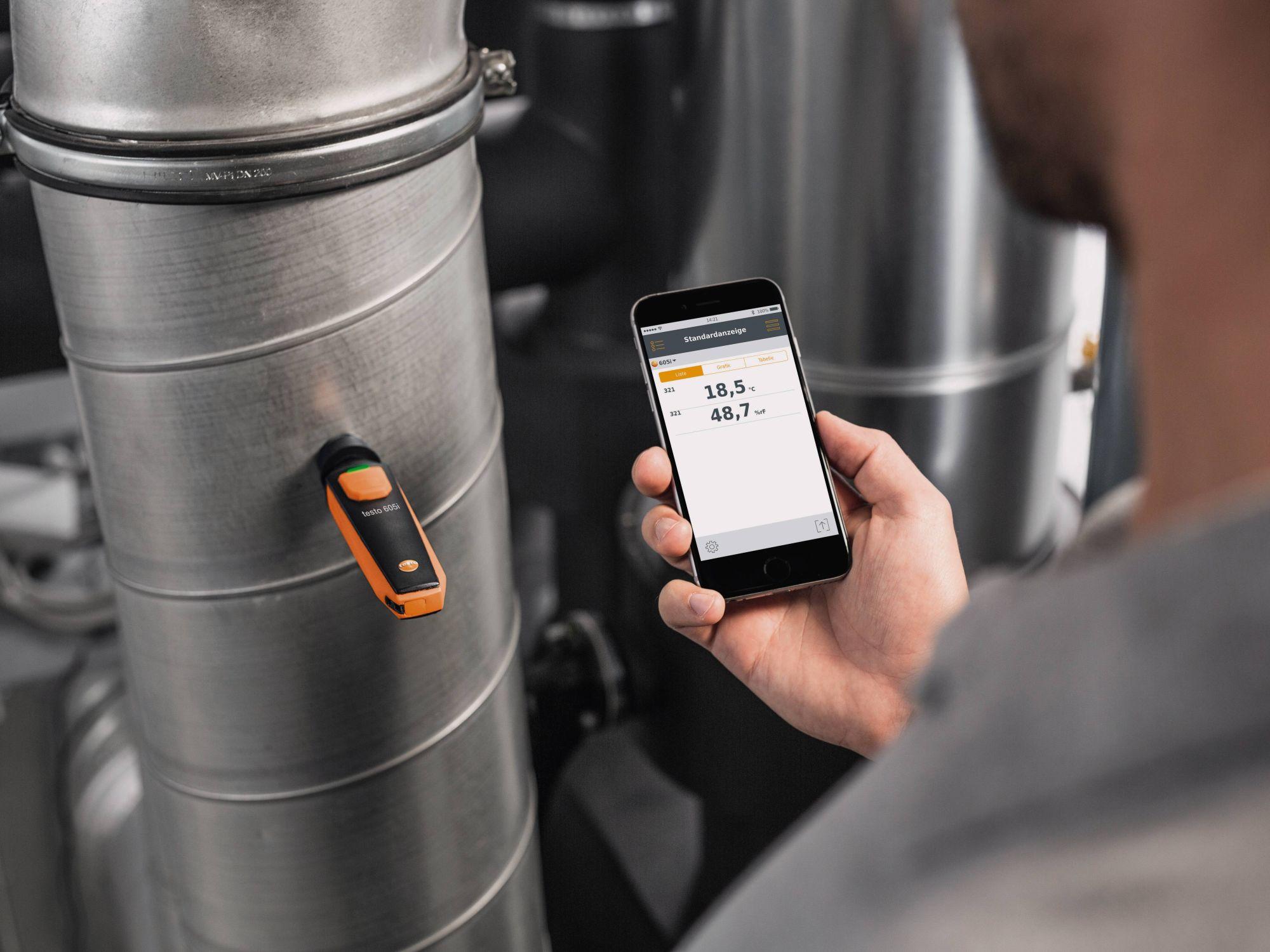 testo-605i-humidity-app-18.5-horiz-DE.jpg