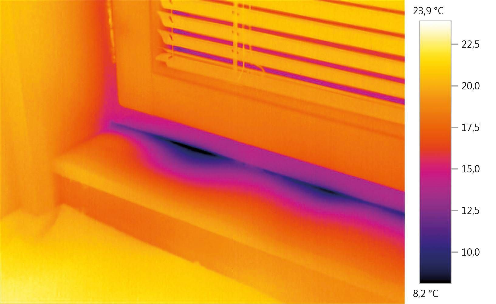 cn_applications_hvacr_thermography_building_door.jpg