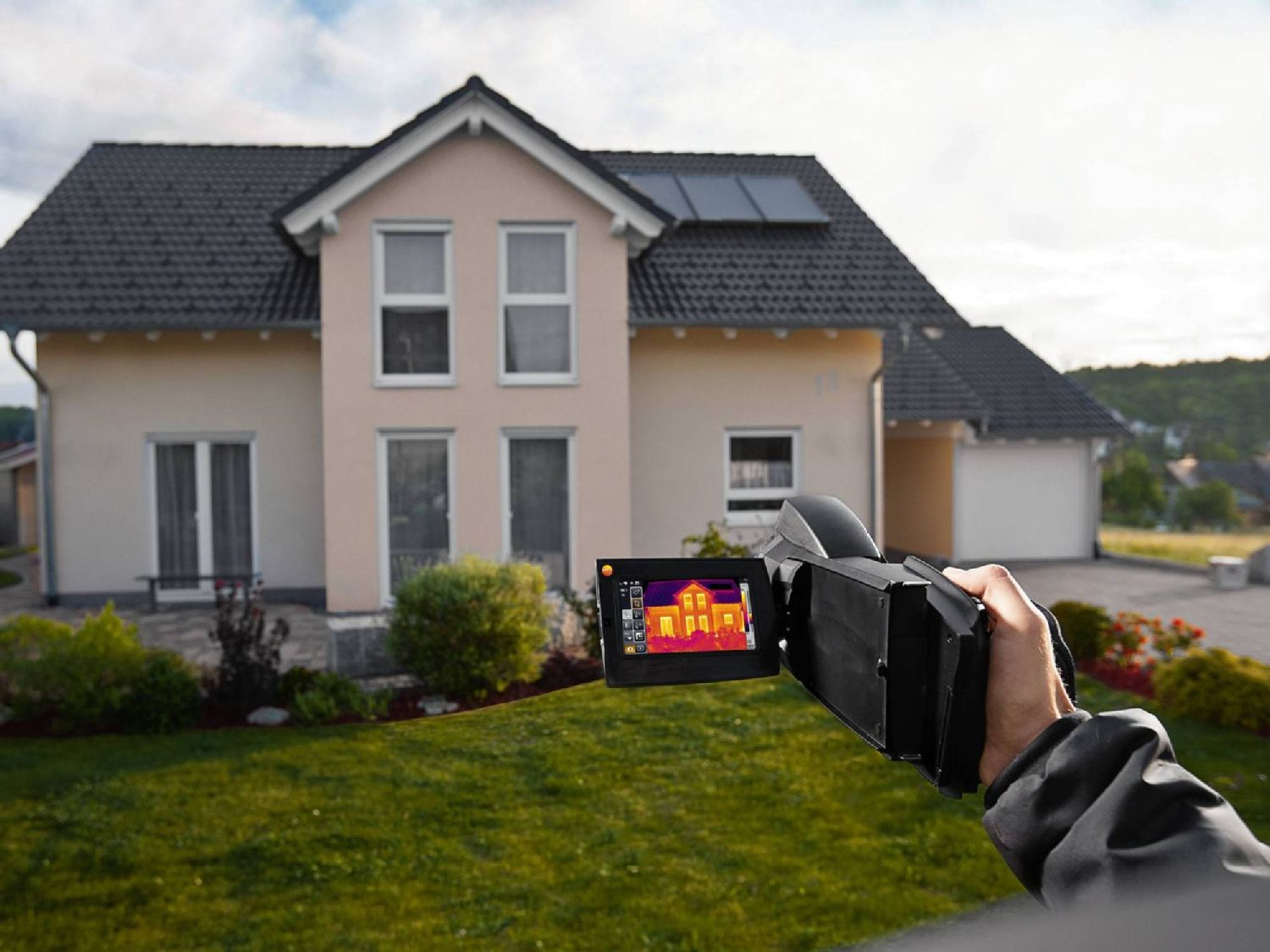 Building thermography with thermal imagers