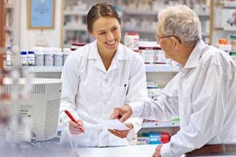 saveris2-happy-pharmacist-teaserbox.jpg