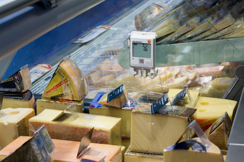 temperature-monitoring-supermarket-5-eu.jpg