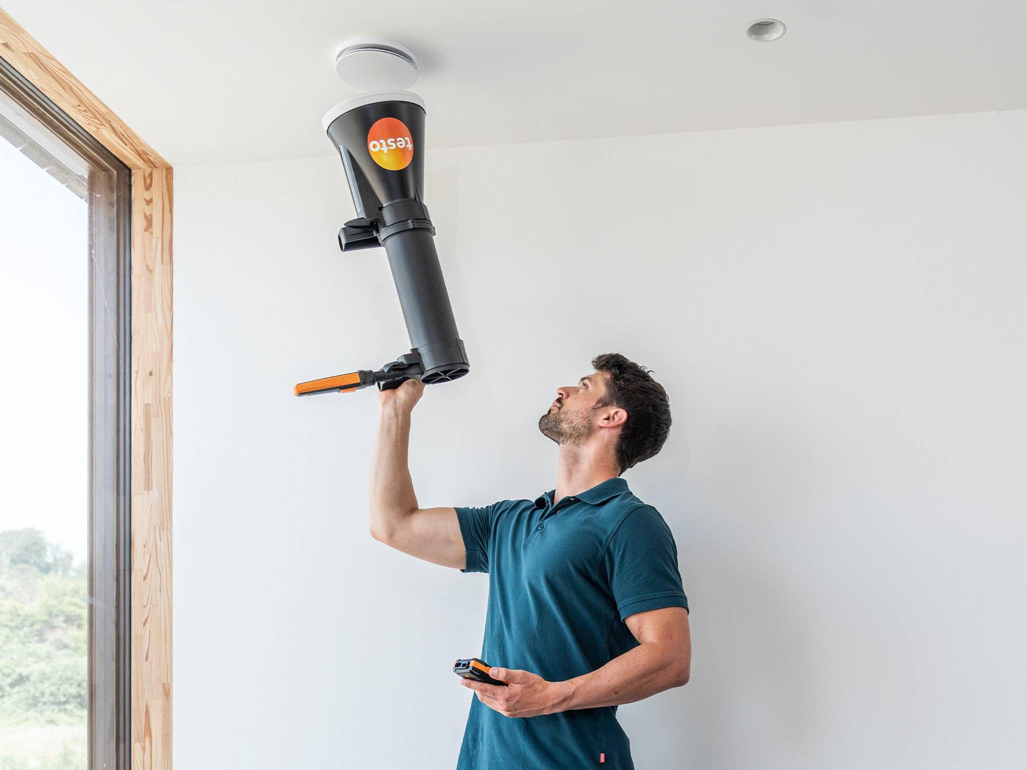 Adjusting indoor ventilation